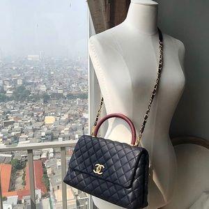 28417df7d9ece2 Women Chanel Coco Handle Bag on Poshmark